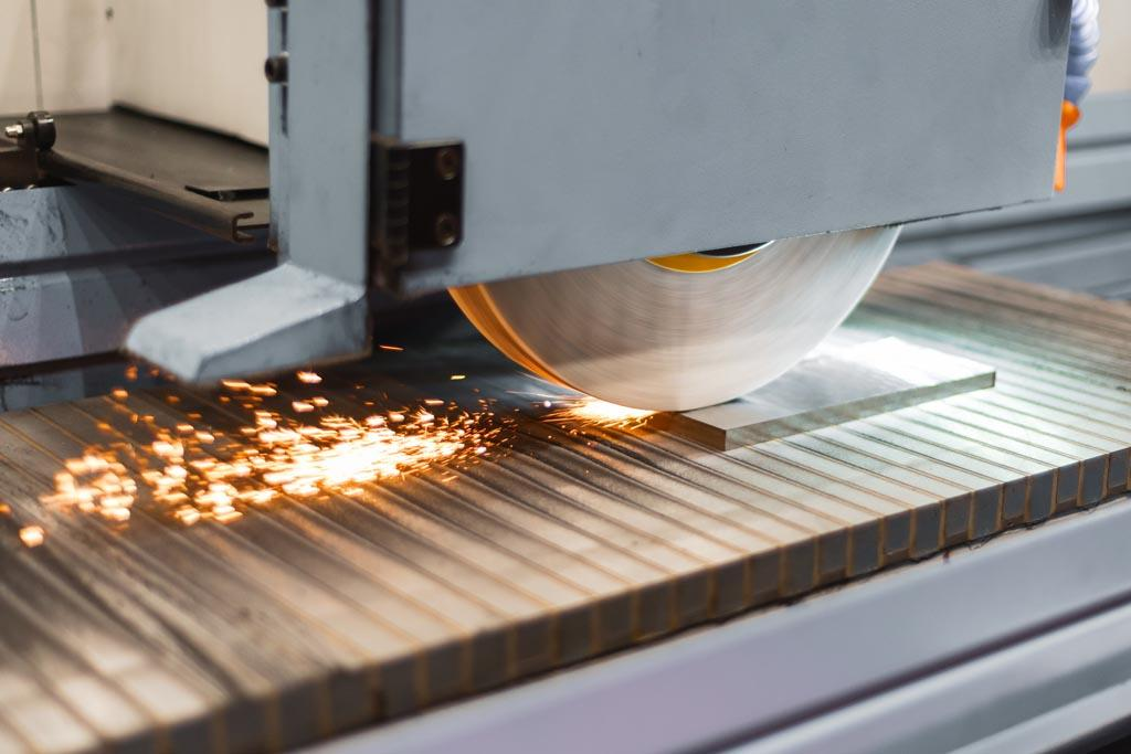The Critical Chain Component in Metal Machining: CNC Surface Grinders