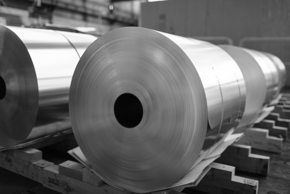 Slitting Machine Cuts in Precision