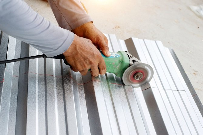 Aluminum sheet cutting